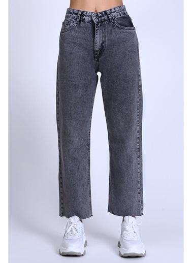 Female Project Gri Yüksek Bel Mom Jeans Gri